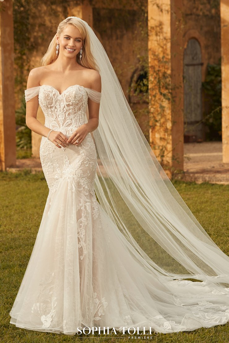 Fit and flare wedding gowns