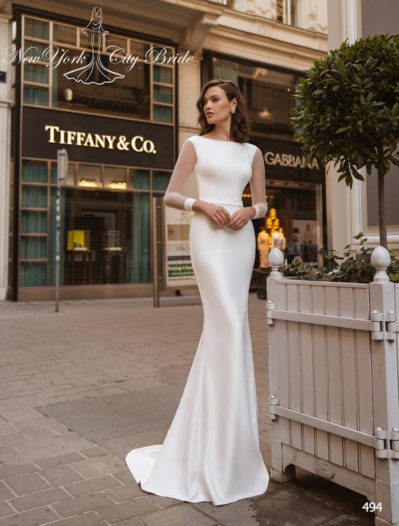 Wedding Gowns for Slim Brides Sheath Wedding dresses