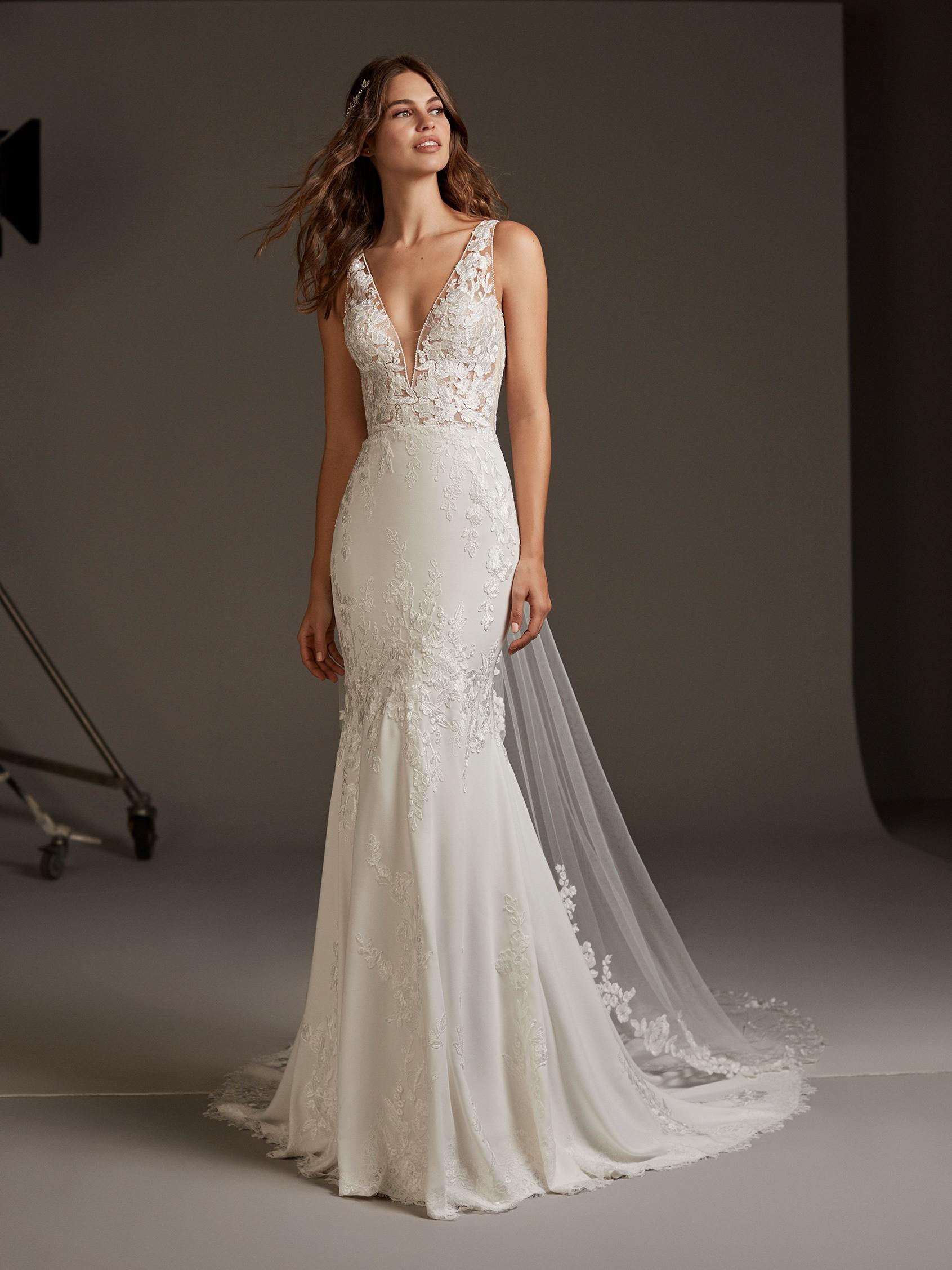 Wedding Gowns for Slim Brides -V-neckline Wedding dresses